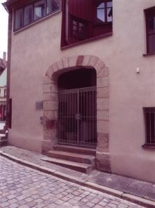Wilhelm-Loehe-Geburtshaus_Torbogen_003