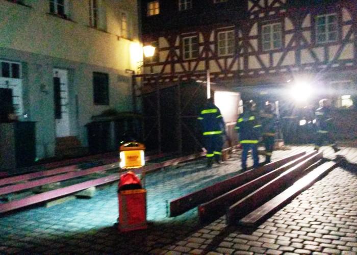 Nur Eingeweihte erkennen die Bühne der Altstadtweihnacht Fürth.