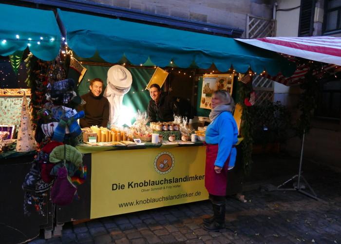 Hobby-Imker verkaufen auf der Altstadtweihnacht Fürth.
